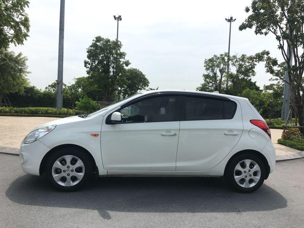 Bán Hyundai i20 1.4AT năm sản xuất 2011, màu trắng, nhập khẩu (4)