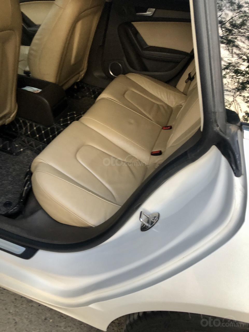 Cần bán lại xe Audi A5 năm 2012, giá tốt (7)