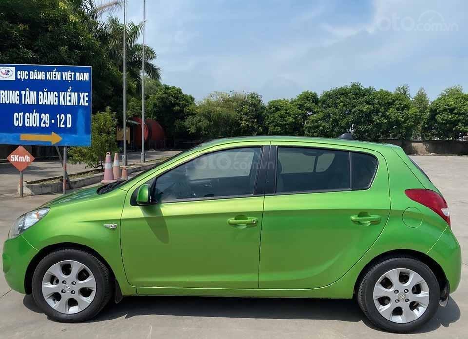 Cần bán Hyundai i20 năm 2011, màu xanh lam, nhập khẩu còn mới, giá 295tr (5)