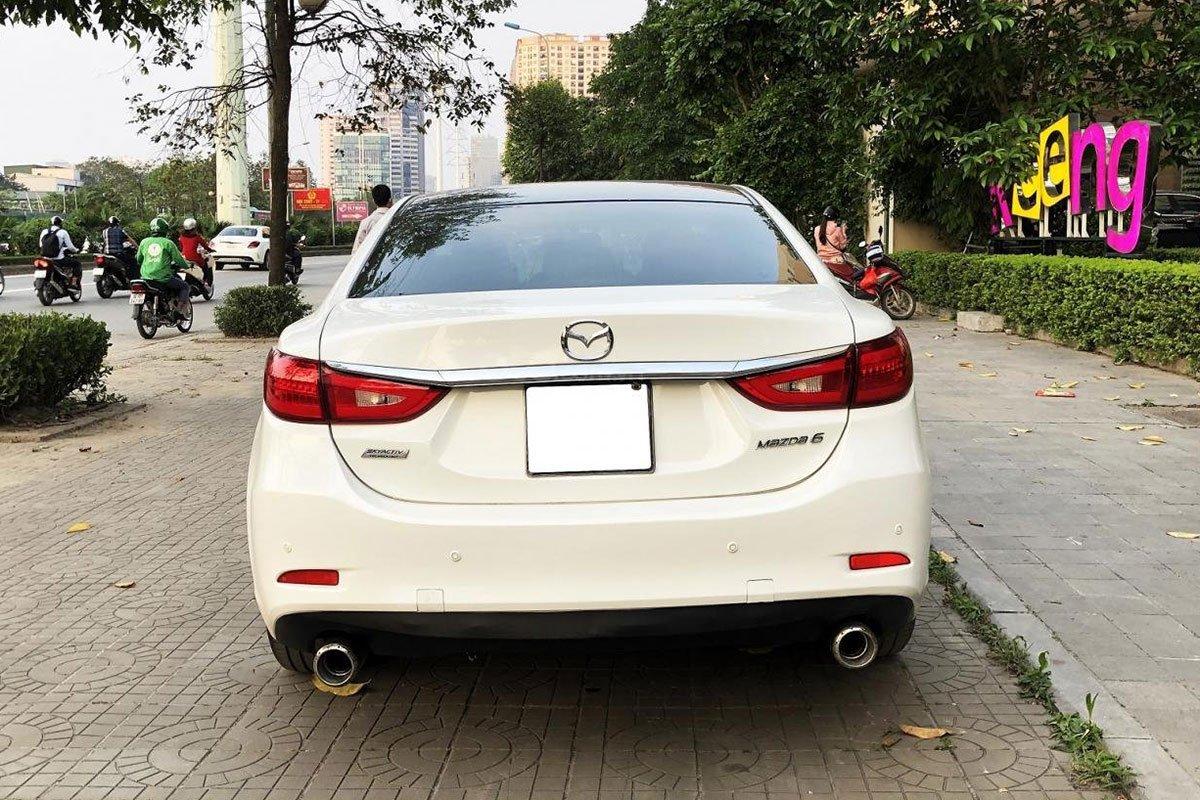 Thiết kế đuôi xe Mazda 6 2015 1
