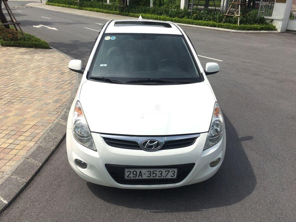 Bán Hyundai i20 1.4AT năm sản xuất 2011, màu trắng, nhập khẩu (8)