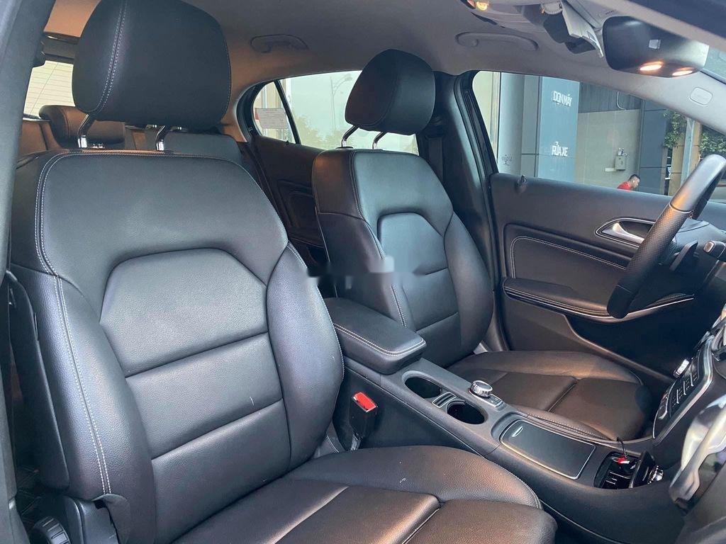 Bán Mercedes GLA-Class sản xuất năm 2017, nhập khẩu nguyên chiếc còn mới (7)