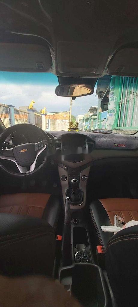 Bán xe Chevrolet Cruze LT đời 2016, màu trắng, xe nhập (8)