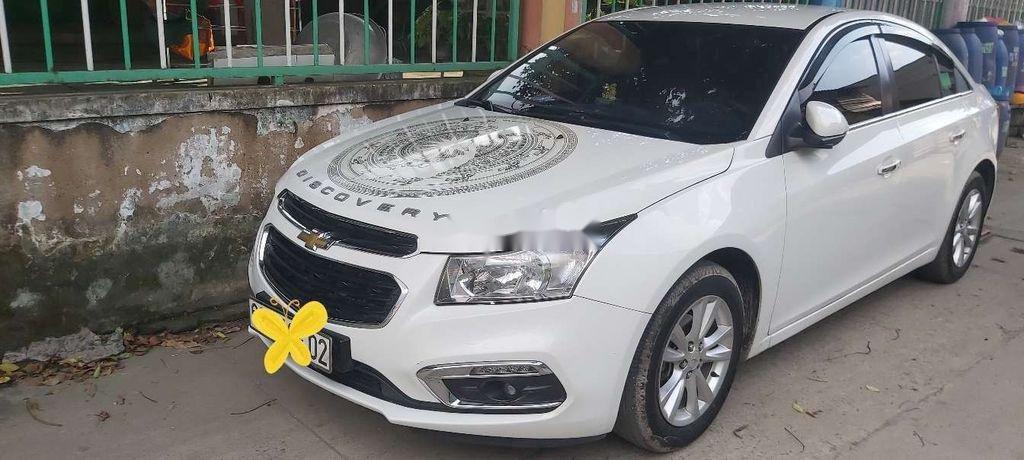 Bán xe Chevrolet Cruze LT đời 2016, màu trắng, xe nhập (1)