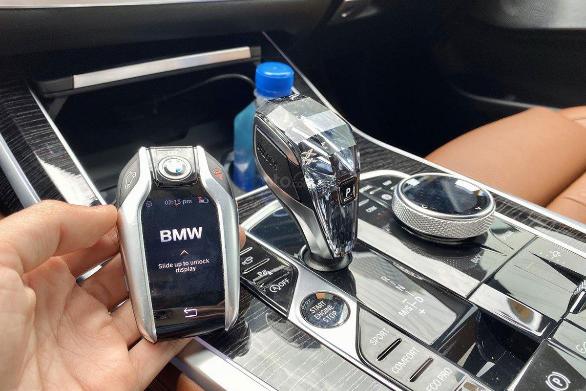 Chìa khóa Smart Key trên BMW X7 2019 1
