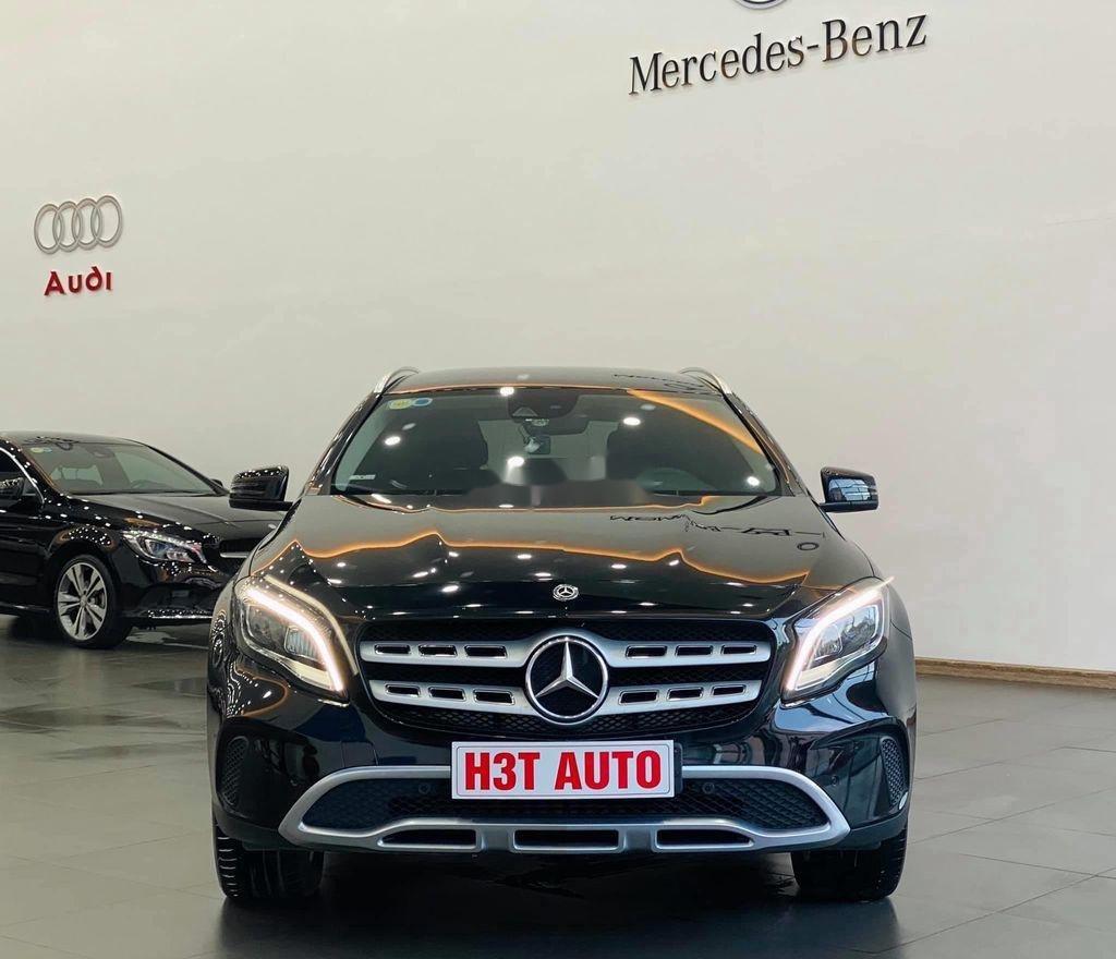 Bán Mercedes GLA-Class sản xuất năm 2017, nhập khẩu nguyên chiếc còn mới (1)