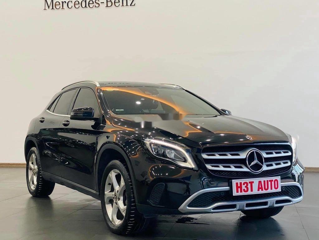 Bán Mercedes GLA-Class sản xuất năm 2017, nhập khẩu nguyên chiếc còn mới (2)