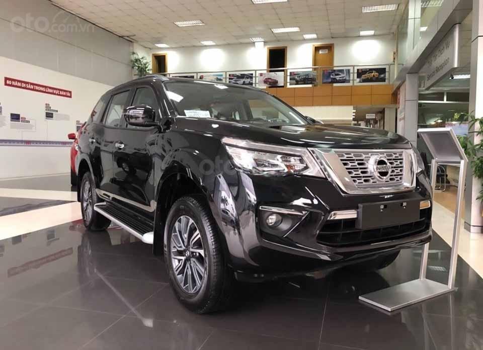 Bán ô tô Nissan Terra V 2.5 AT 4WD năm 2019, màu đen, xe nhập (1)