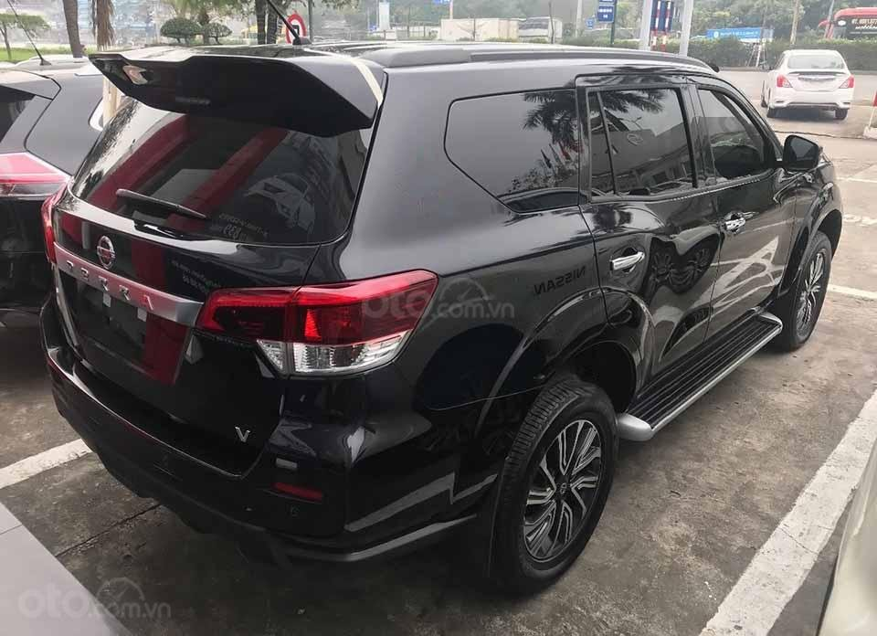Bán ô tô Nissan Terra V 2.5 AT 4WD năm 2019, màu đen, xe nhập (4)