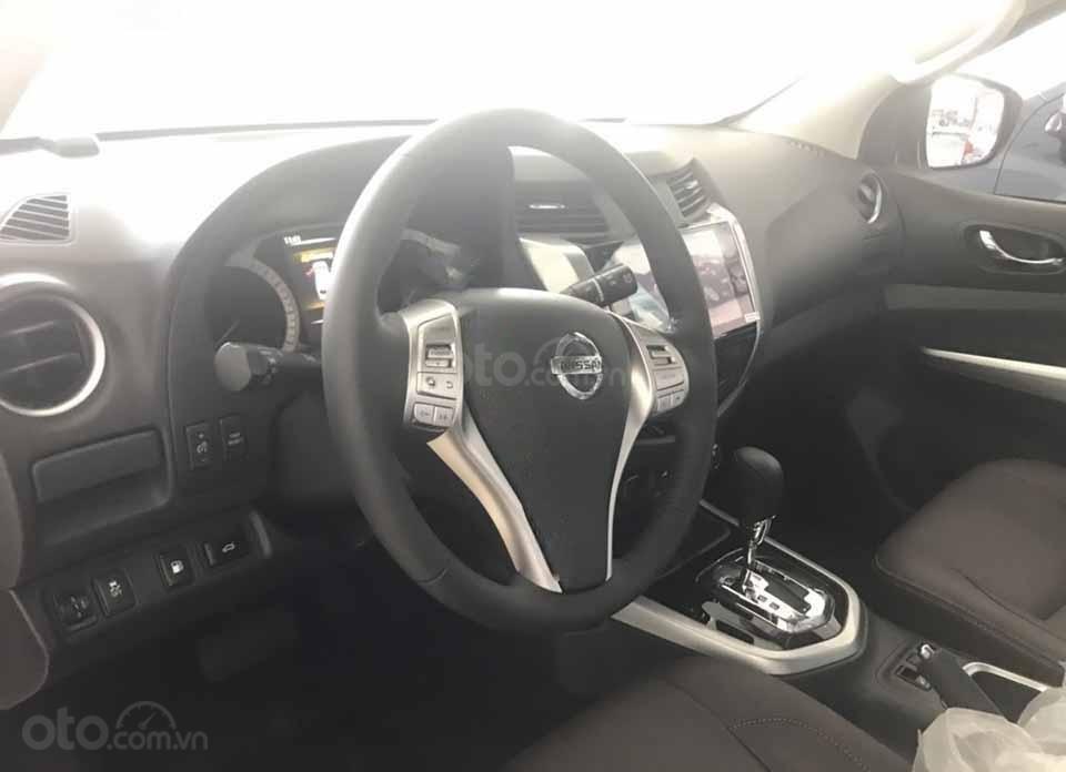 Bán ô tô Nissan Terra V 2.5 AT 4WD năm 2019, màu đen, xe nhập (3)