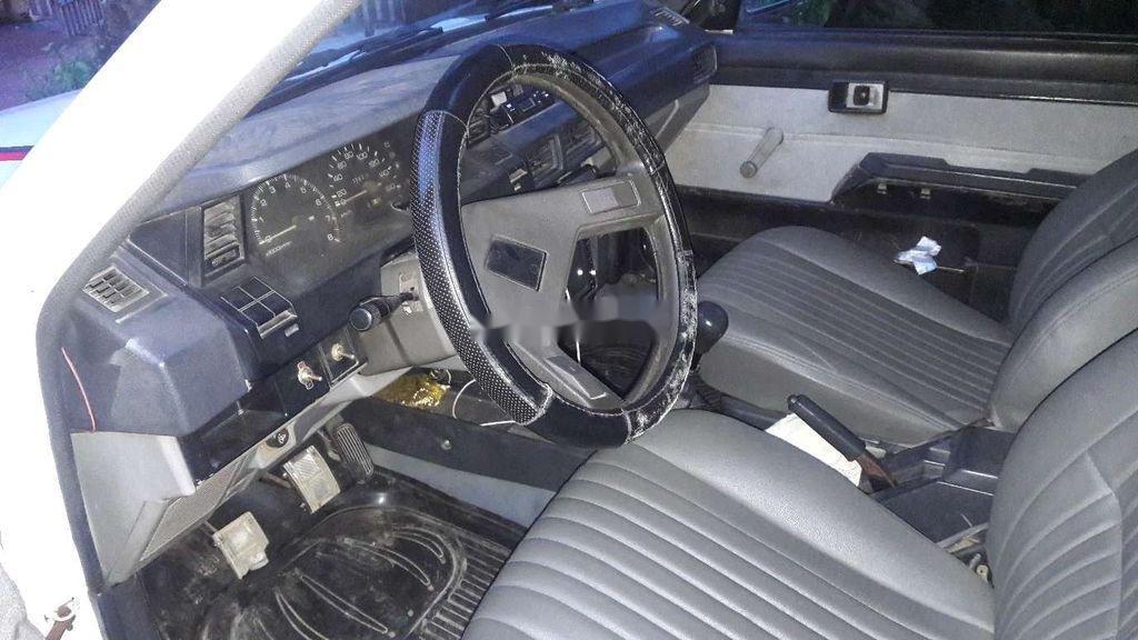 Bán lại xe tập lái Toyota Corona năm 1985, màu trắng, nhập khẩu (3)