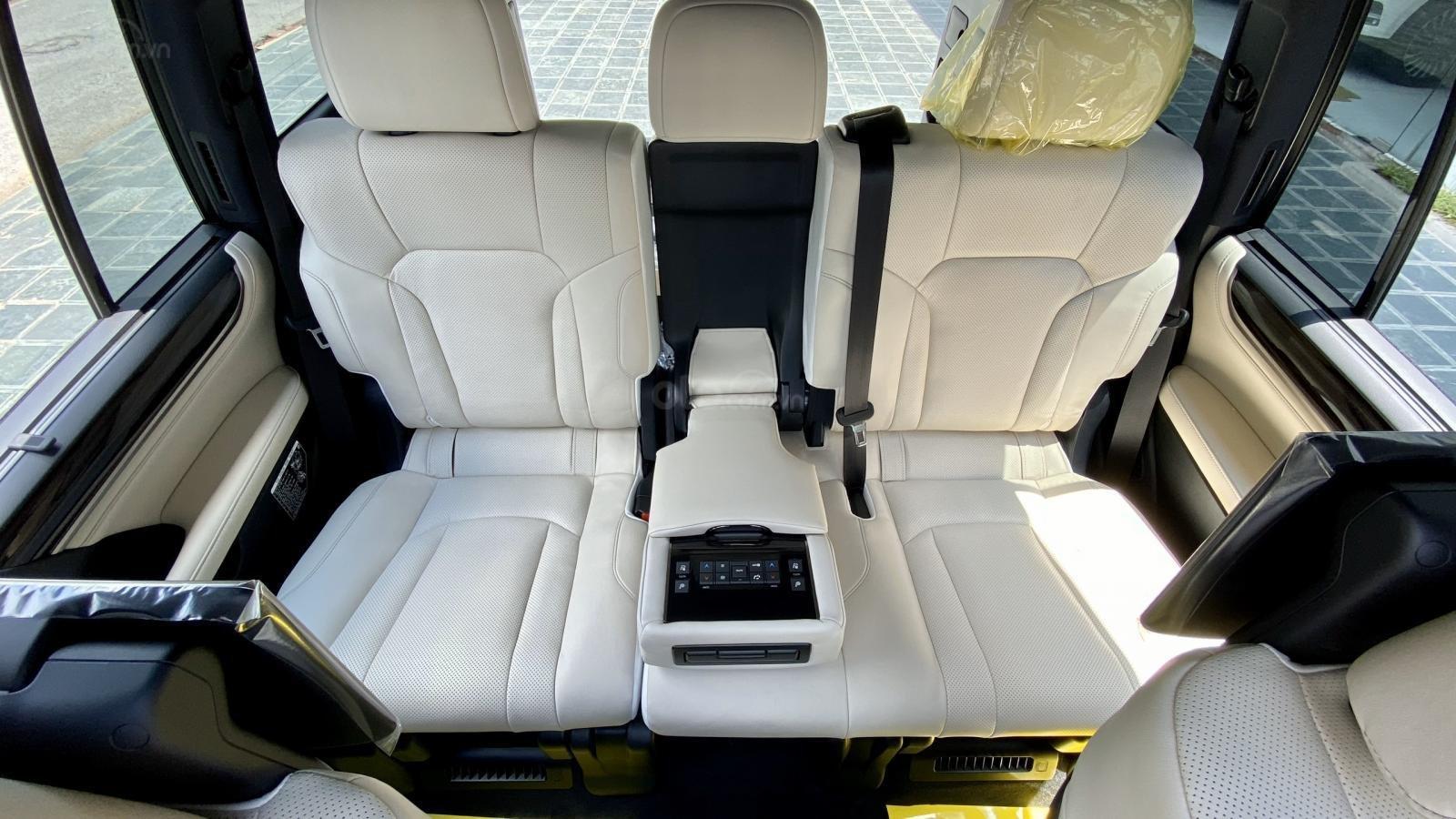 Bán Lexus LX 570s Supper Sport SX 2020, màu đen nội thất kem, xe nhập Mỹ mới 100% (11)