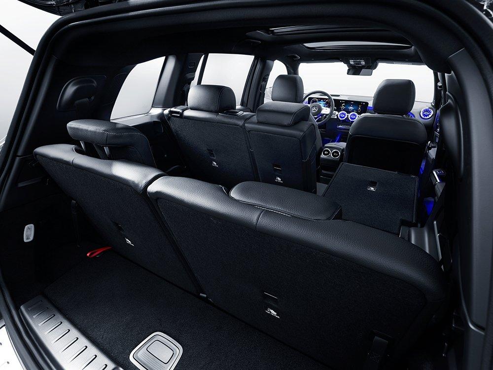 Nội thất Mercedes-Benz GLB 200 4Matic 2021 3.