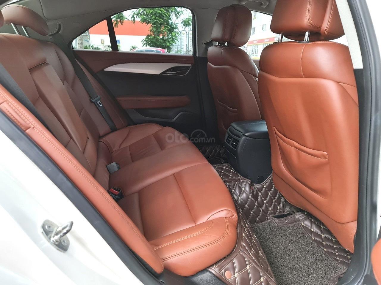 Cadillac CTS Luxury 2.0 nhập Mỹ 2015, loại cao cấp, full đồ chơi, màn hình cảm ứng, chìa khóa thông minh, nội thất sang trọng (7)