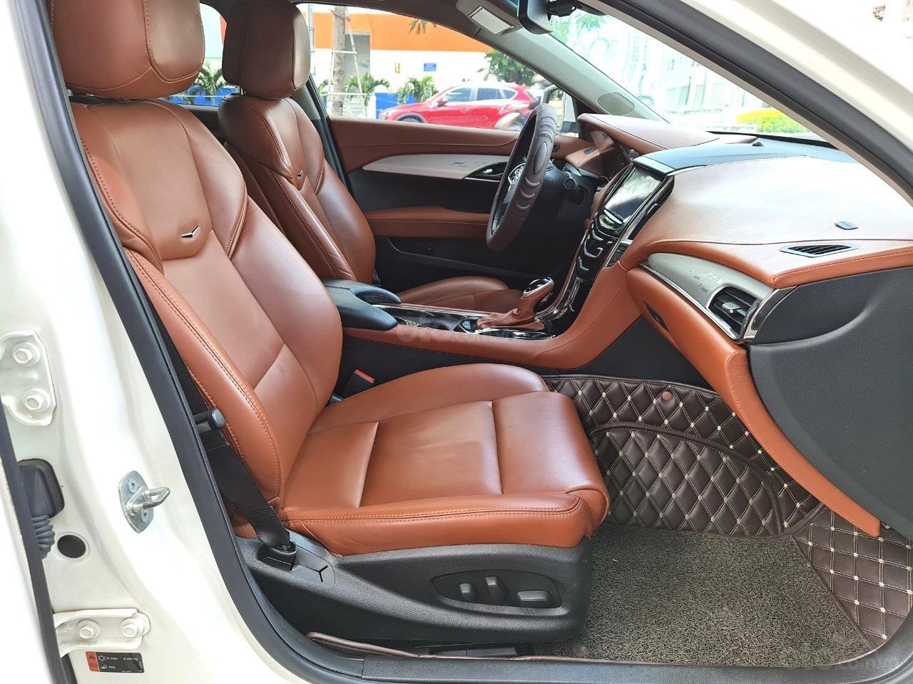 Cadillac CTS Luxury 2.0 nhập Mỹ 2015, loại cao cấp, full đồ chơi, màn hình cảm ứng, chìa khóa thông minh, nội thất sang trọng (10)