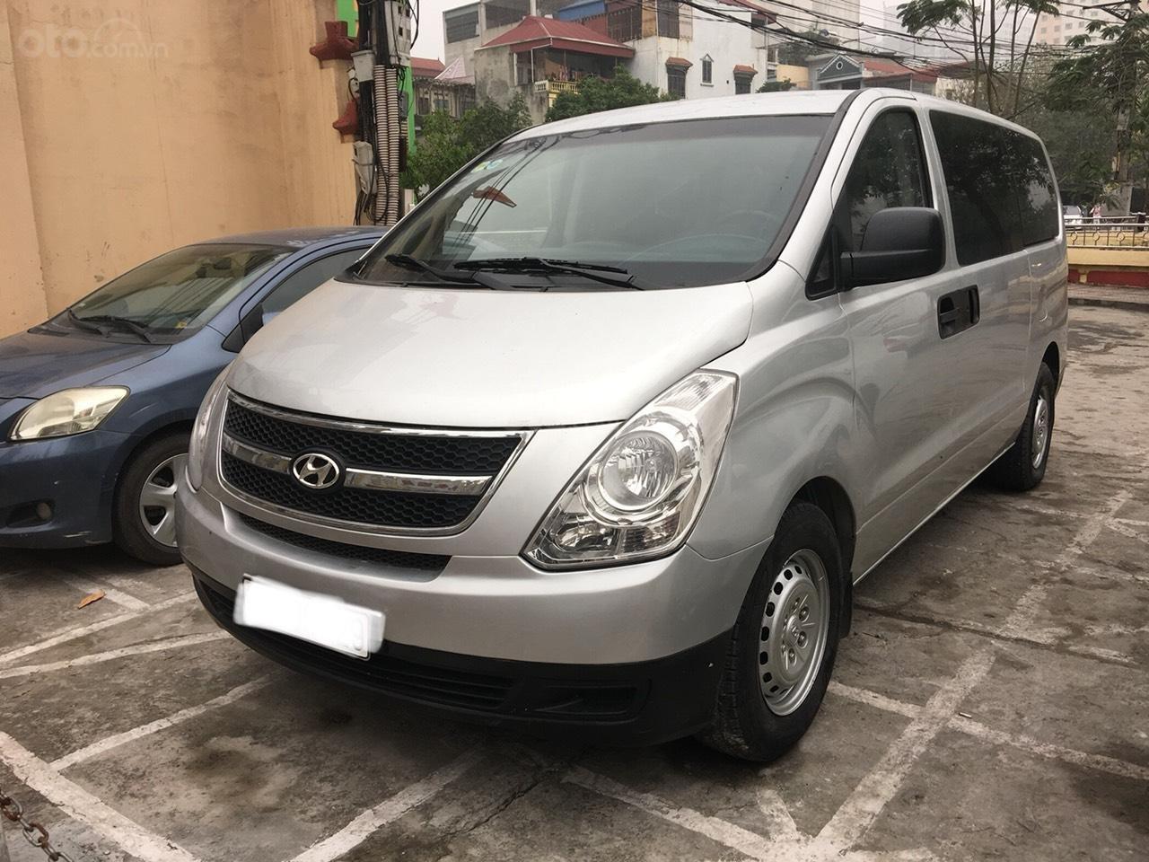 Bán xe Hyundai Grand Starex sản xuất 2008 ,máy dầu ,7 chỗ không  liên hạn (1)