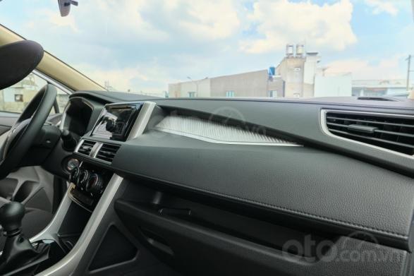 Xpander MT, xe nhập khẩu, khuyến mãi 50% trước bạ 28tr. Đặt hàng nhanh để nhận ưu đãi (4)