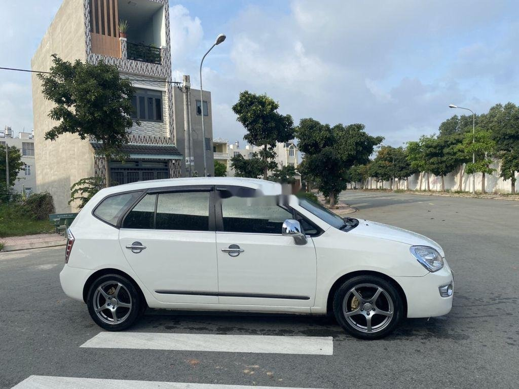 Bán Kia Carens sản xuất năm 2011, màu trắng, giá chỉ 258 triệu (2)