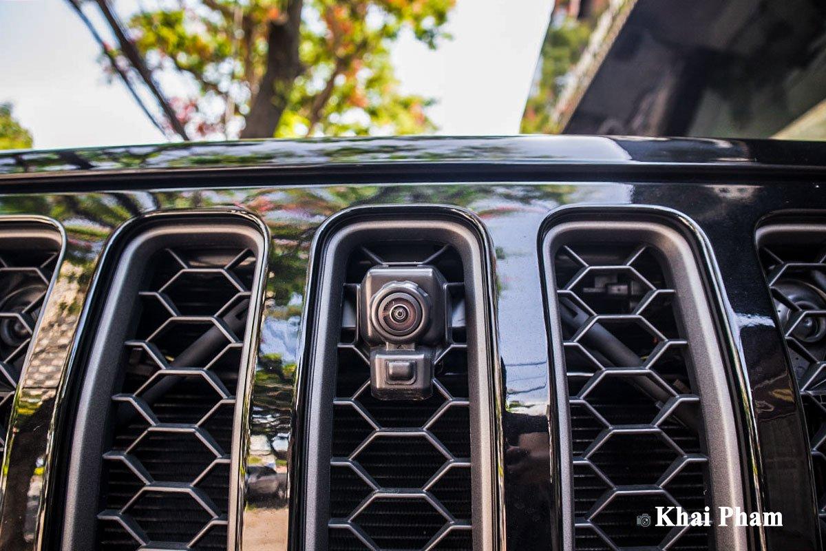 Ảnh Camera trước xe Jeep Gladiator 2020