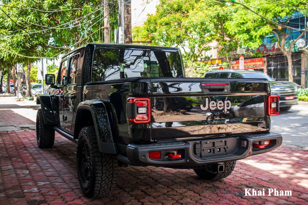 Ảnh Tổng quát xe Jeep Gladiator 2020