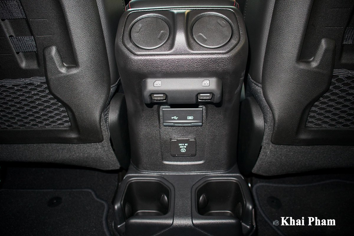 Ảnh Cửa gió sau xe Jeep Gladiator 2020