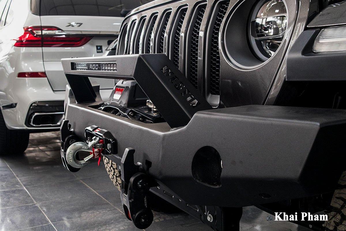 Ảnh Cản trước xe Jeep Wrangler 2020