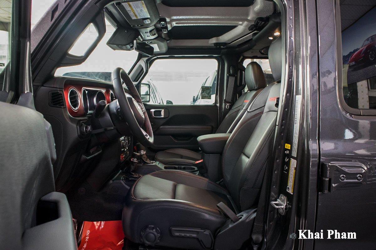 Ảnh Ghế lái xe Jeep Wrangler 2020