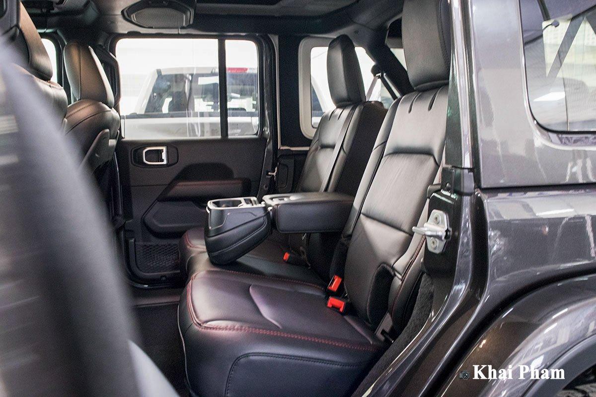 Ảnh Ghế sau xe Jeep Wrangler 2020