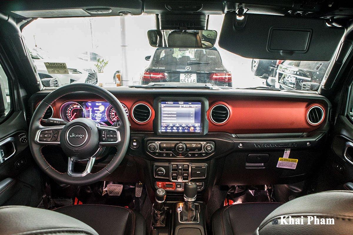 Ảnh chính diện Khoang lái xe Jeep Wrangler 2020