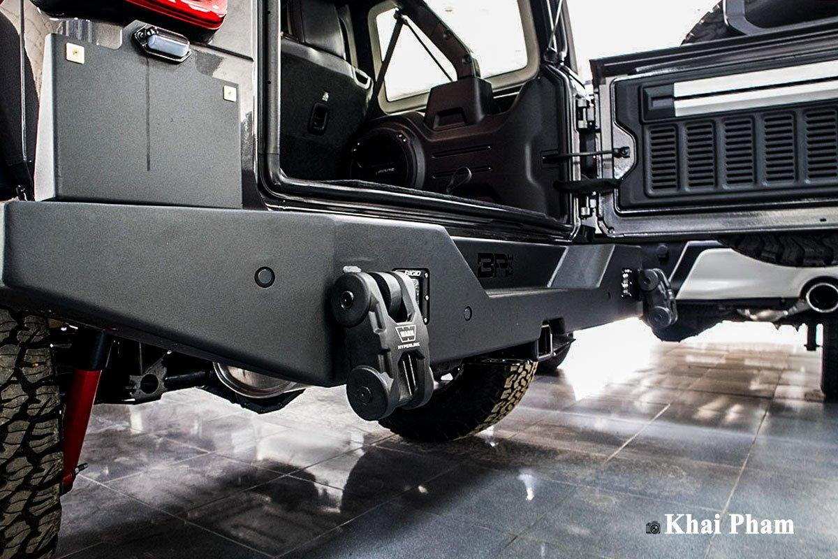 Ảnh Cản sau xe Jeep Wrangler 2020