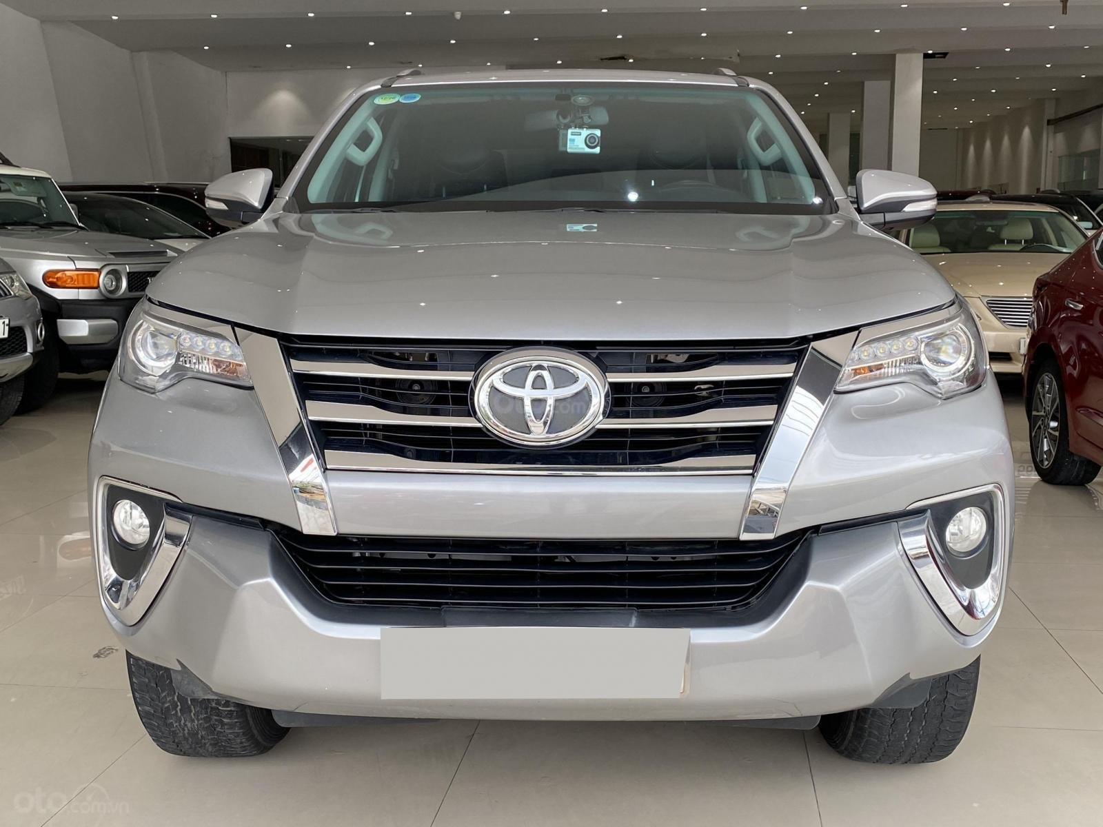 Bán xe Toyota Fortuner AT 2.7 2017 Full xăng 2 cầu (1)
