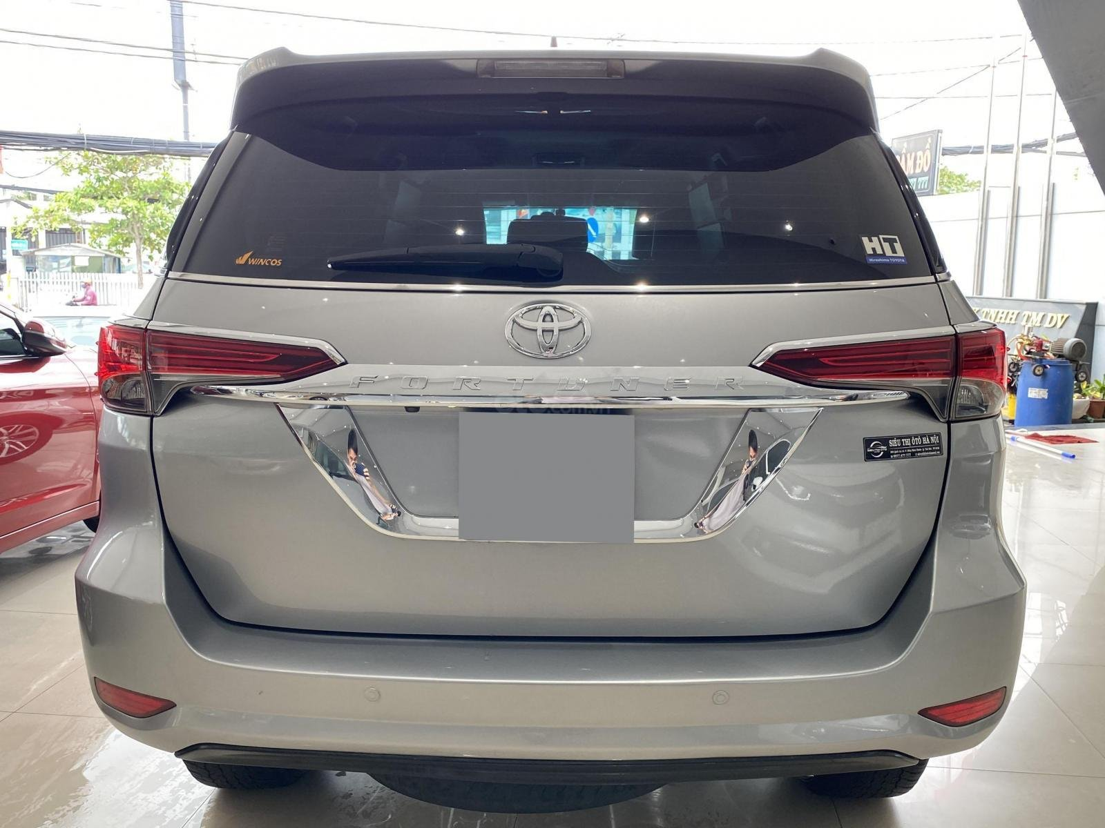Bán xe Toyota Fortuner AT 2.7 2017 Full xăng 2 cầu (5)