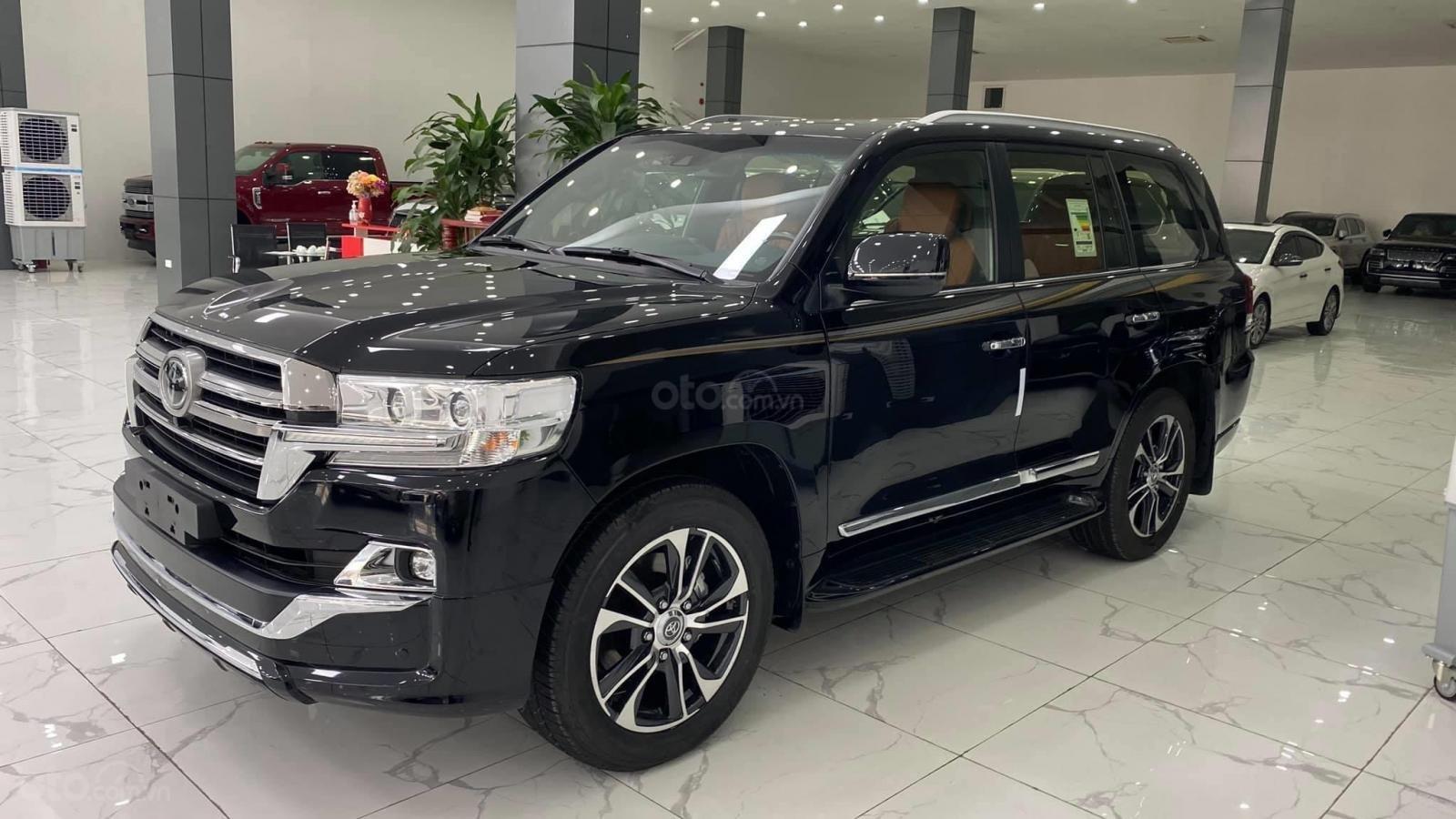 Bán Toyota Land Cruise VX S 5.7 sản xuất 2020, 4 ghế Massage siêu vip, xe giao ngay, giá tốt (4)