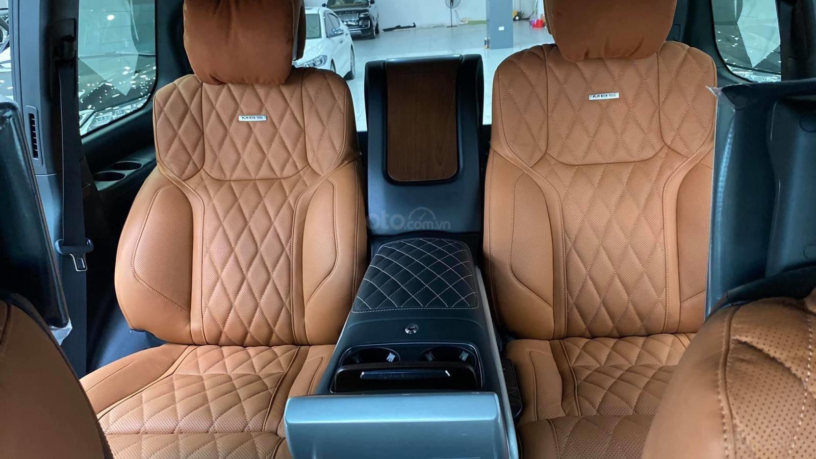 Bán Toyota Land Cruise VX S 5.7 sản xuất 2020, 4 ghế Massage siêu vip, xe giao ngay, giá tốt (10)