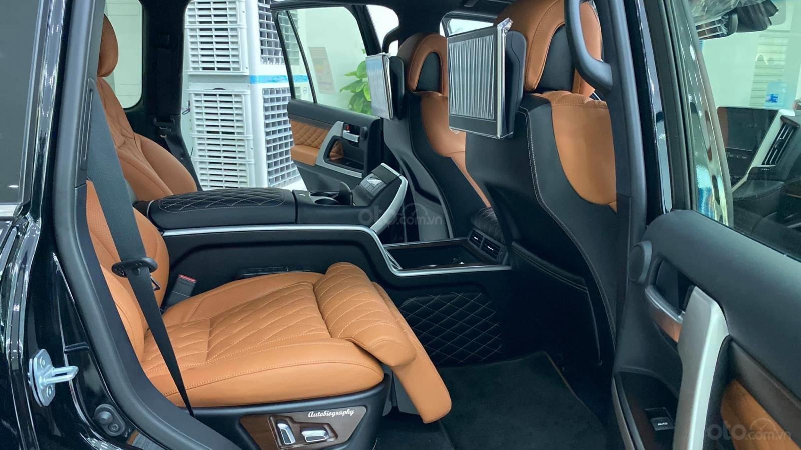 Bán Toyota Land Cruise VX S 5.7 sản xuất 2020, 4 ghế Massage siêu vip, xe giao ngay, giá tốt (13)