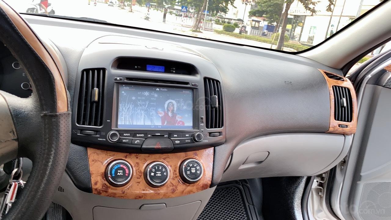 Hyundai Elantra đời 2008, còn mới 98%, bao đẹp (2)