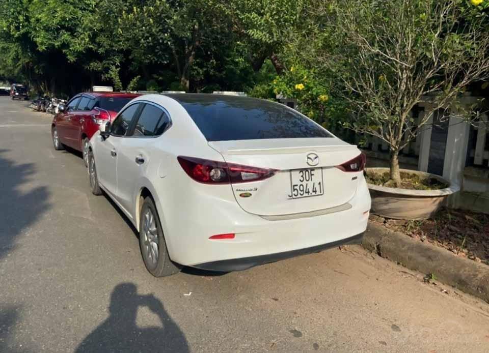 Cần bán gấp Mazda 3 đời 2019, màu trắng còn mới, 630 triệu (4)