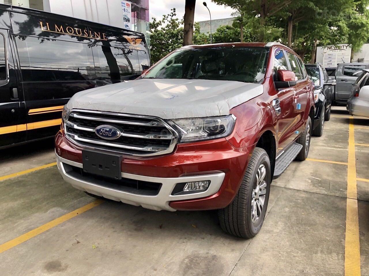 Everest Trend 2020 ưu đãi lên tới 110 triệu đồng, kèm gói phụ kiện chính hãng, hỗ trợ trả góp, xe đủ màu giao ngay (2)