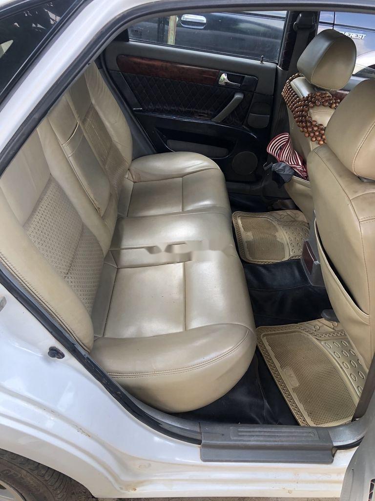 Cần bán Daewoo Lacetti đời 2004, màu trắng xe gia đình giá cạnh tranh (6)