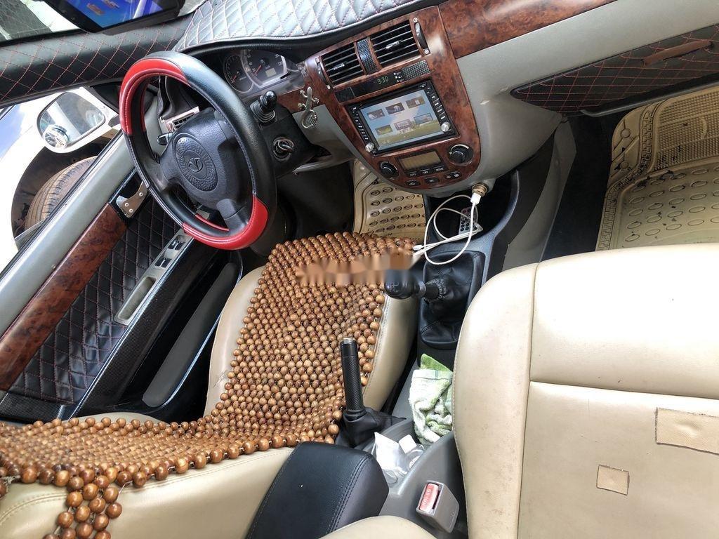 Cần bán Daewoo Lacetti đời 2004, màu trắng xe gia đình giá cạnh tranh (5)