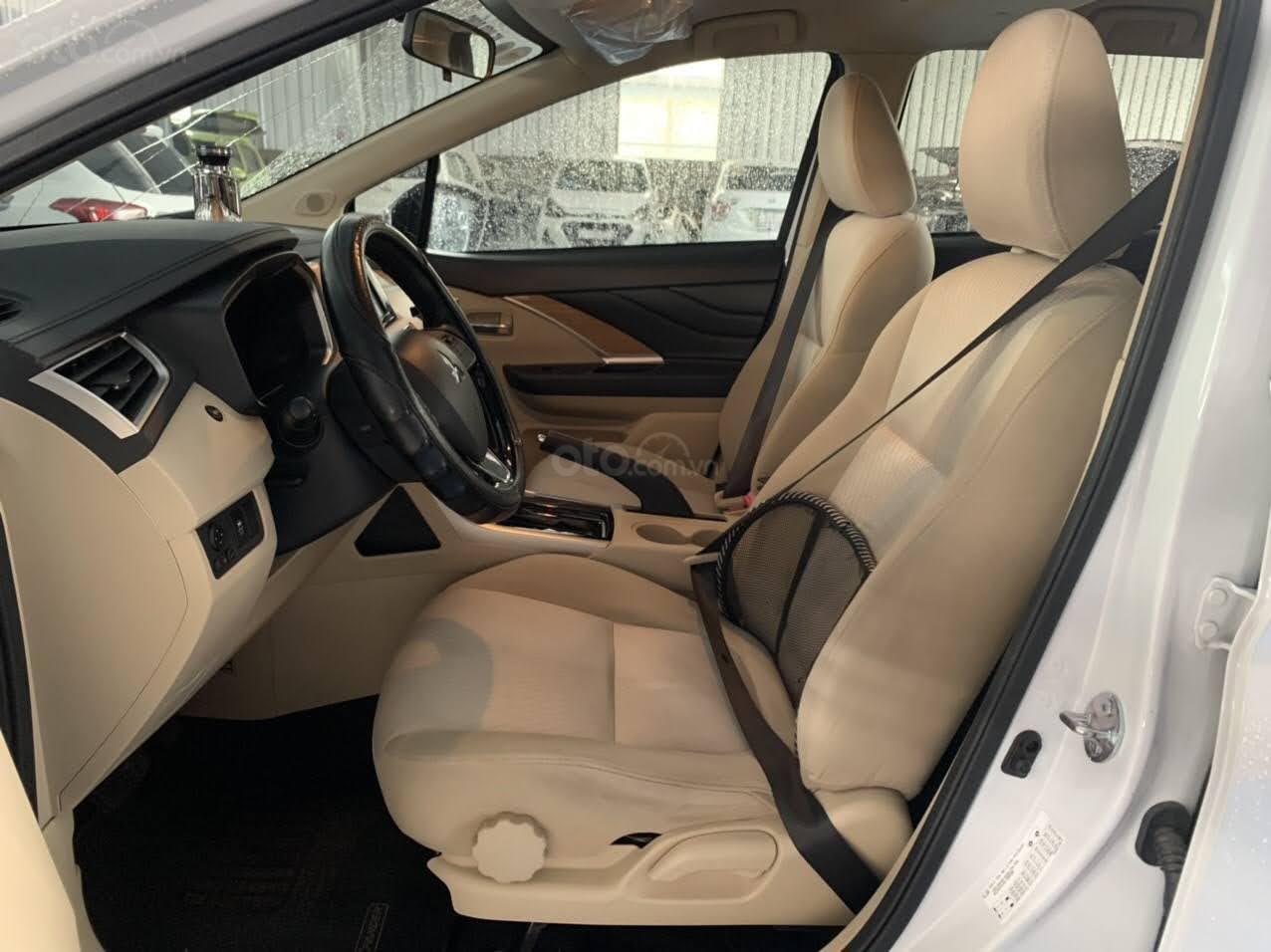Mitsubishi Xpander 1.5AT bản cao cấp số tự động (8)