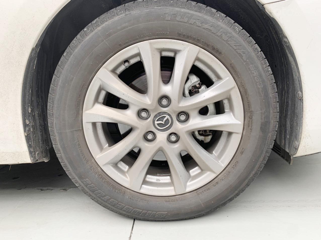 Mazda 3 Sedan, sản xuất và đăng kí 2019 (7)