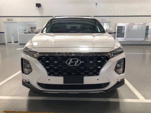 Xe Hyundai Santafe 2020 2.2D đang hot nhất thị trường giảm giá sâu liên hệ ngay (2)