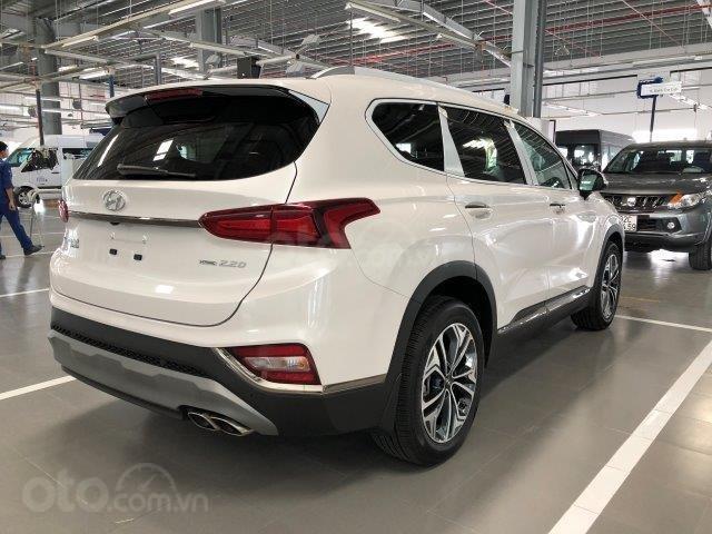 Xe Hyundai Santafe 2020 2.2D đang hot nhất thị trường giảm giá sâu liên hệ ngay (3)