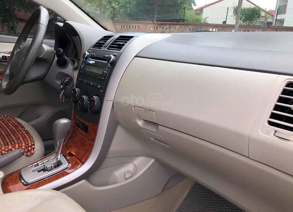 Cần bán xe Toyota Corolla Altis sản xuất năm 2009, màu đen còn mới  (2)