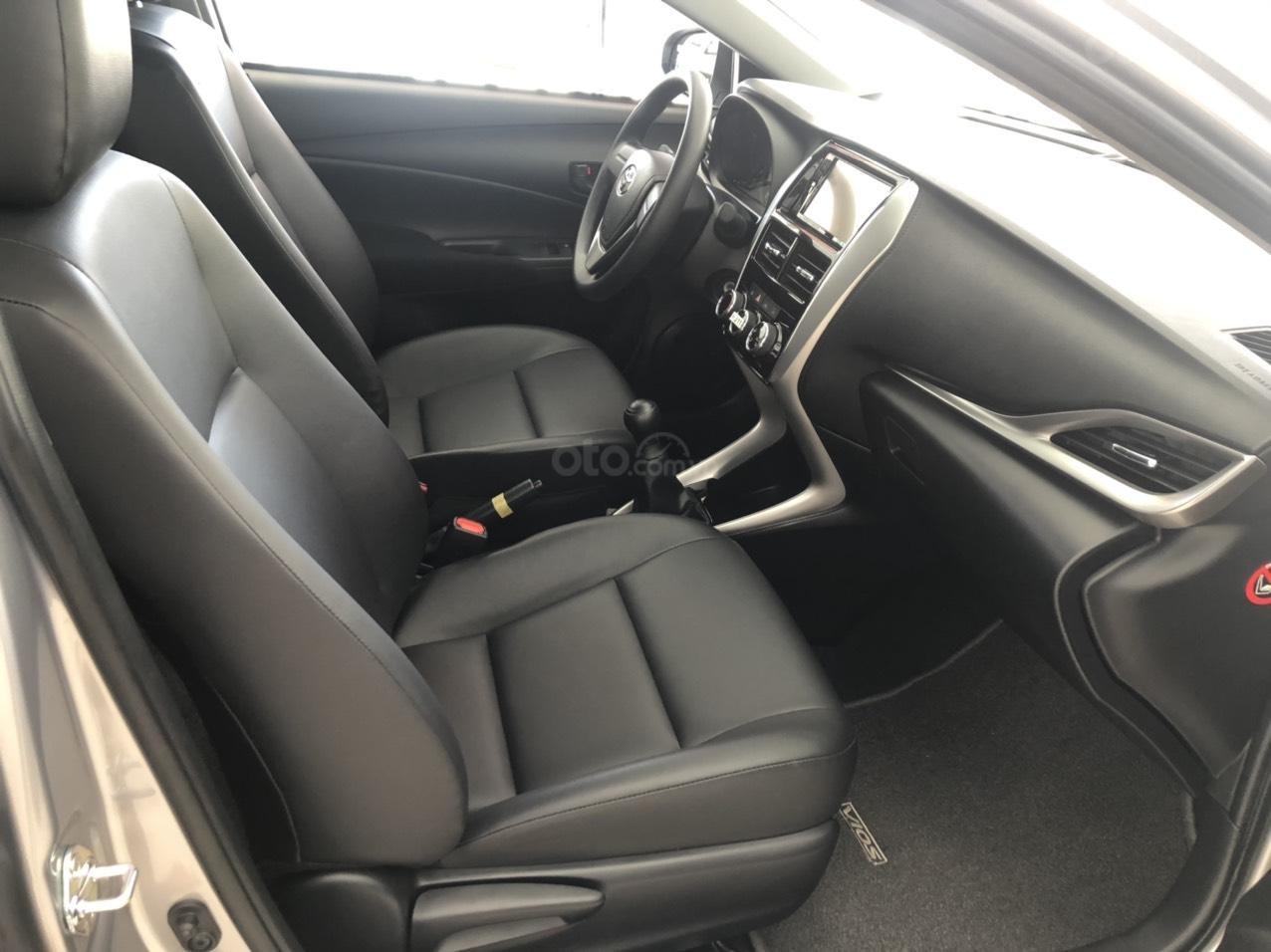 Toyota Vios 1.5 số sàn - mua trả góp với 119 triệu - khuyến mãi ngay tiền mặt, hỗ trợ trước bạ xe (2)