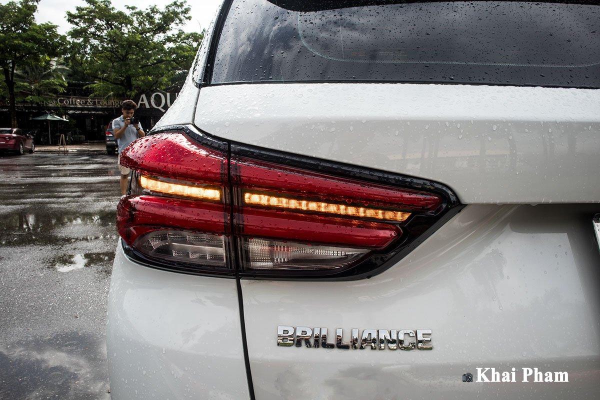Ảnh Đèn hậu xe Brilliance V7 2020