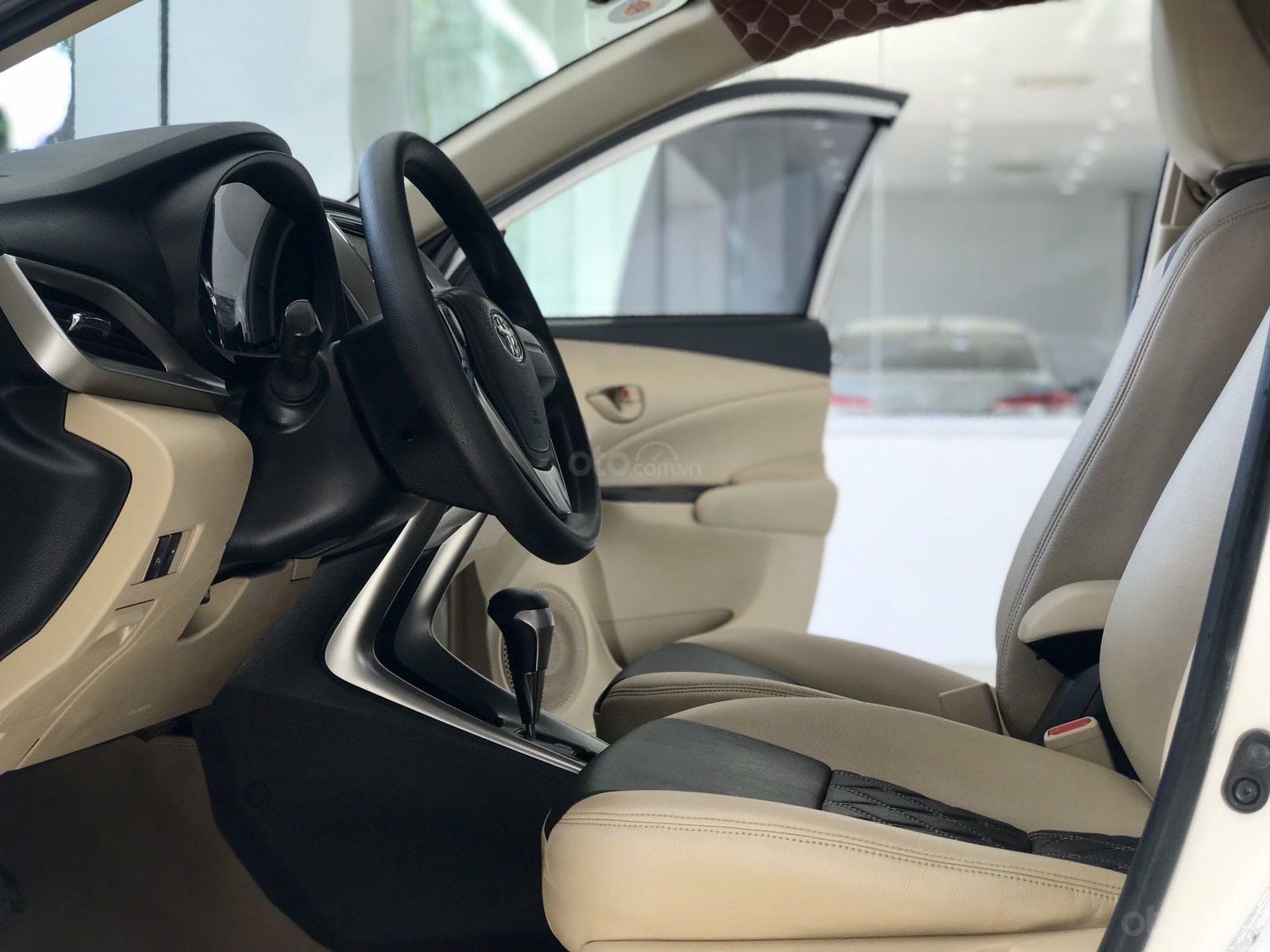 Bán xe Toyota Vios đời 2018, màu trắng xe giá tốt 480 triệu đồng (3)