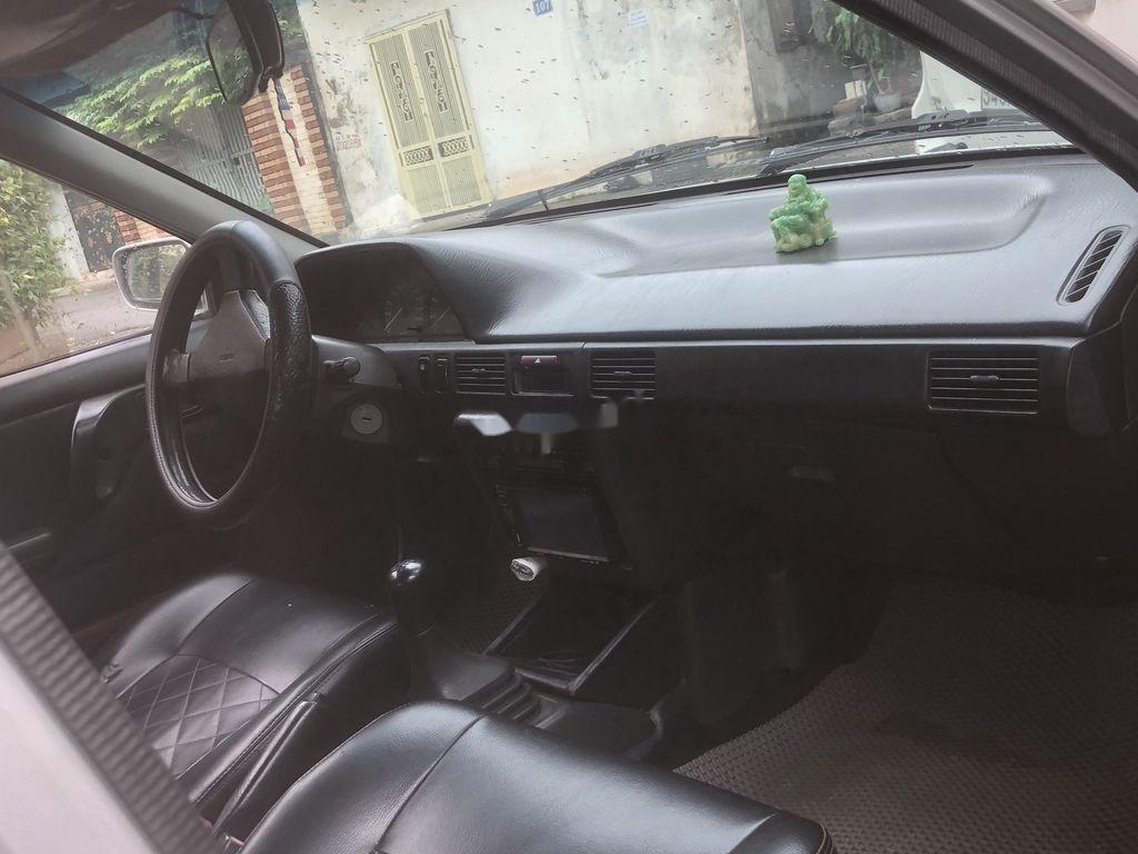 Cần bán lại xe Mazda 323 đời 1995, màu bạc, nhập khẩu (10)