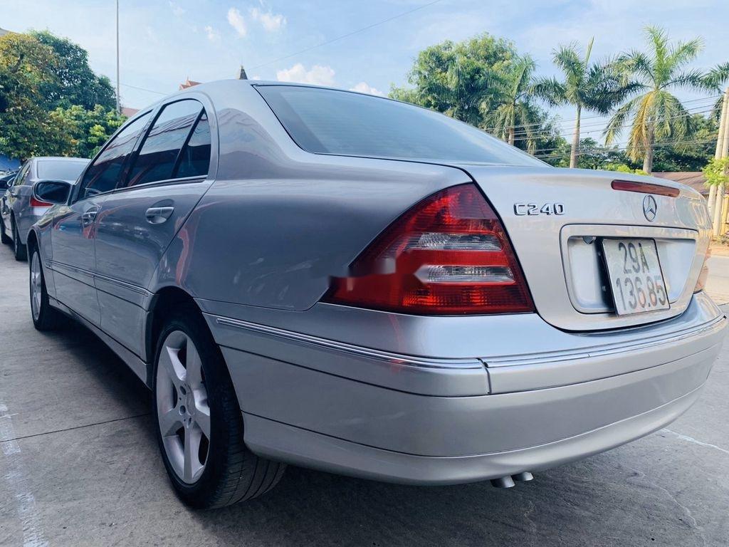 Cần bán xe Mercedes C240 sản xuất 2004 số tự động (2)